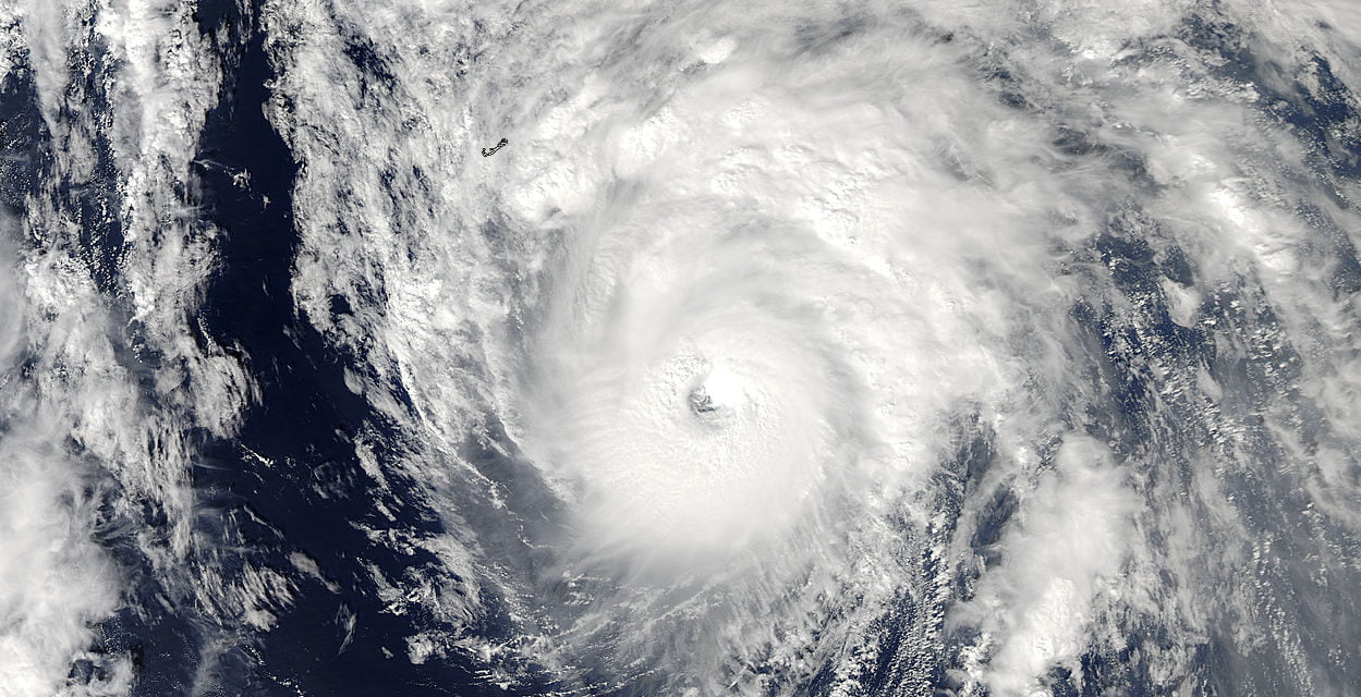 Could the recent hot Calima winds in The Canaries be connected to the mid-atlantic hurricane headed for ireland?