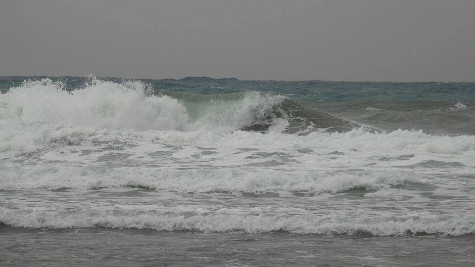 Weather Warning: Very rough seas predicted along all canary islands coastlines on Sunday