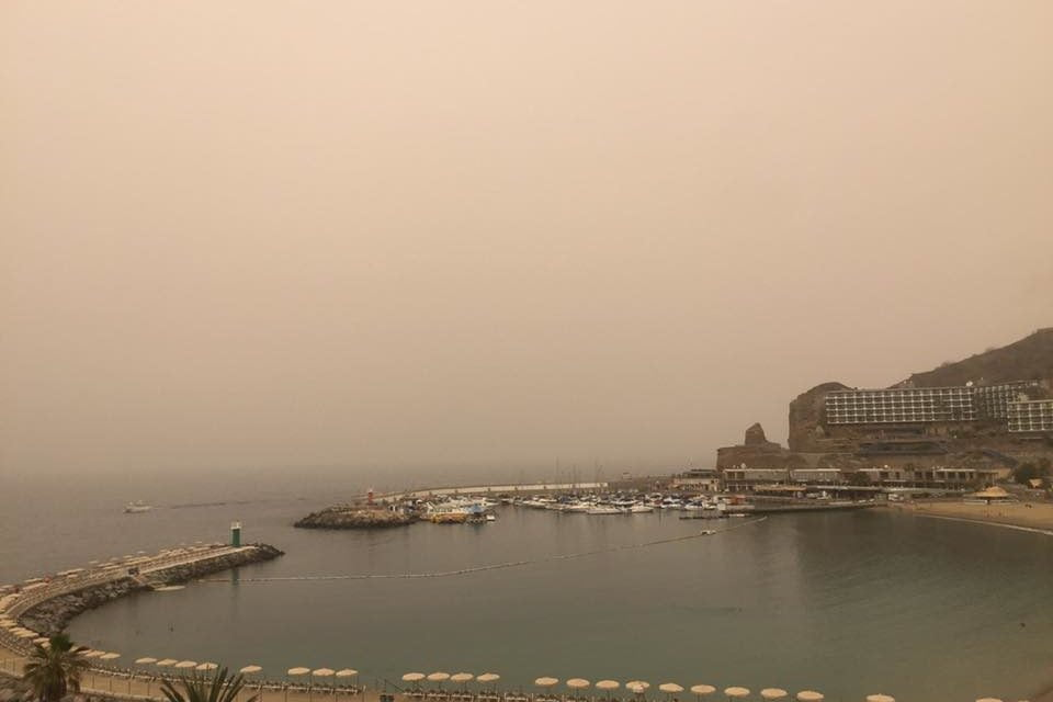 Gran Canaria Weather: Hot desert air meets a humid storm front likely to bring thunder and lightening