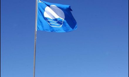 """Gran Canaria again awarded the most """"Blue Flags"""" for clean beaches in the Canary islands"""